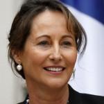 Ségolène Royal, ministre française de l'Ecologie, du Développement durable et de l'Energie, annonce que le chèque énergie fait partie du projet de loi sur la Transition Énergétique.